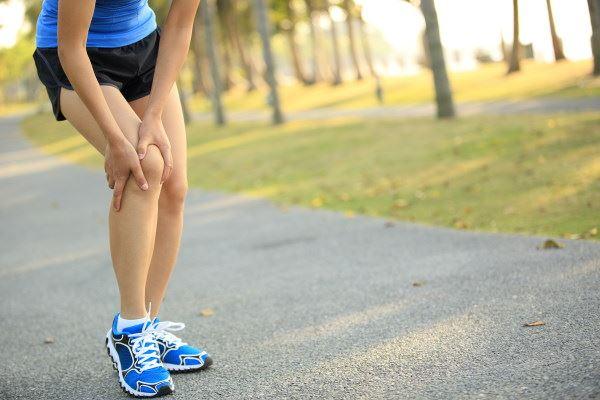 Was tun bei Knieschmerzen? | Hansaplast Sport